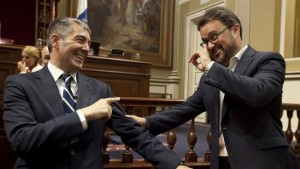 presidente-gobierno-canarias-fernando-parlamentario_ediima20160629_0765_18